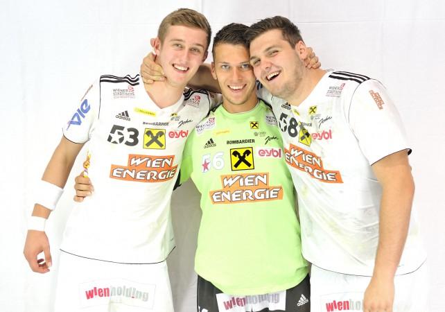 Bilyk, Pilipovic, Wagner - Gruppenfoto, Saison 2014-15
