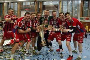 Gruppenfoto mit Meristerpokal 2016 in Bregenz_Foto Walter Zaponig