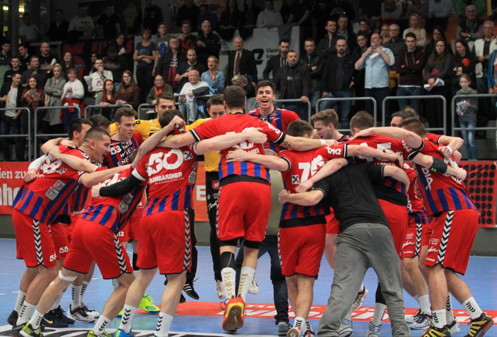 11.03.2017 Handball, Hollgasse, Wien, HLA Fivers Margareten - West Wien Jubel, Copyright DIENER / Eva Manhart www.diener.at