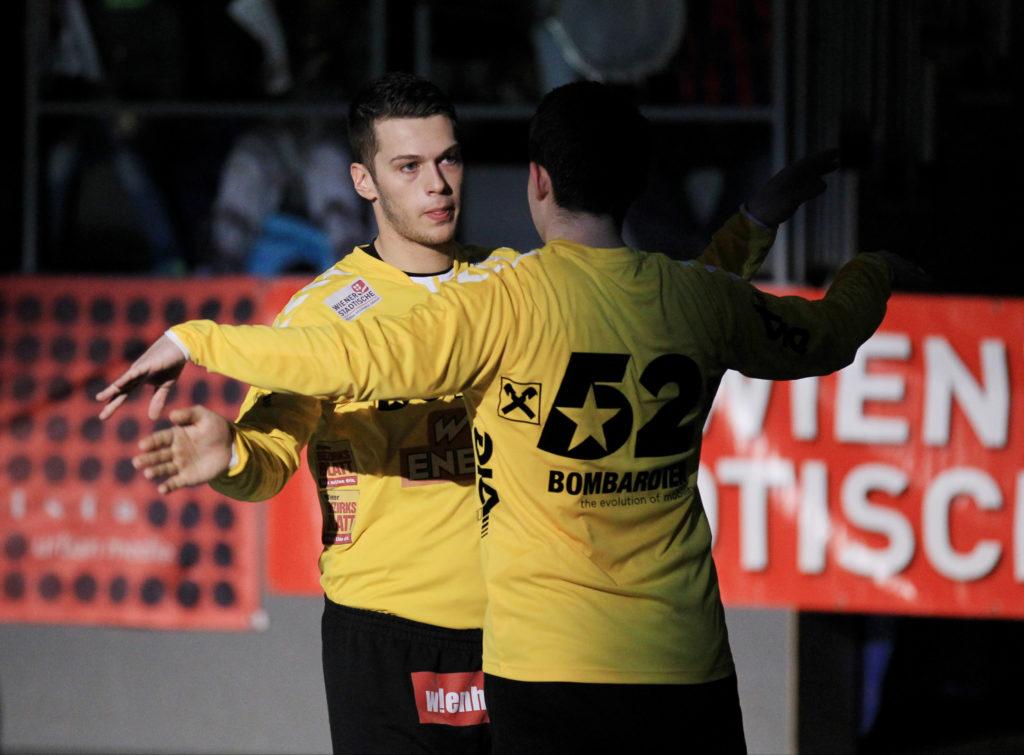 11.03.2017 Handball, Hollgasse, Wien, HLA Fivers Margareten - West Wien Kristian PILIPOVIC, Boris TANIC, Copyright DIENER / Eva Manhart www.diener.at