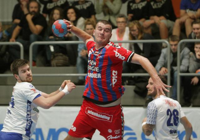 07.10.2017 Handball , Hollgasse , Wien Fivers - Bruck Stefan Jovanovic. Copyright DIENER / PhilippSchalber