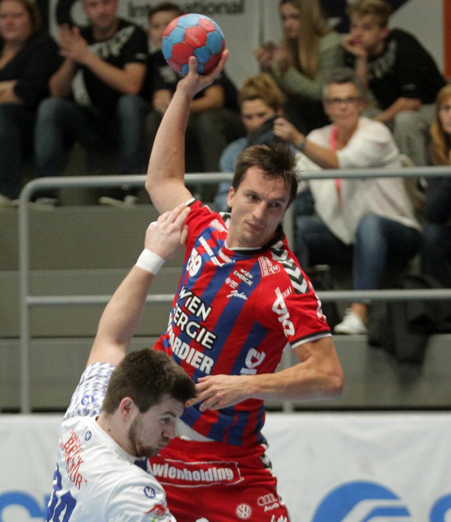 07.10.2017 Handball , Hollgasse , Wien Fivers - Bruck Markus Koller. Copyright DIENER / PhilippSchalber