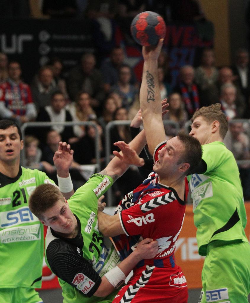 01.12.2017 Wien, Handball , Fivers - West Wien, Viggo Kristjansson , Vytas Ziura, , Copyright DIENER / Philipp Schalber