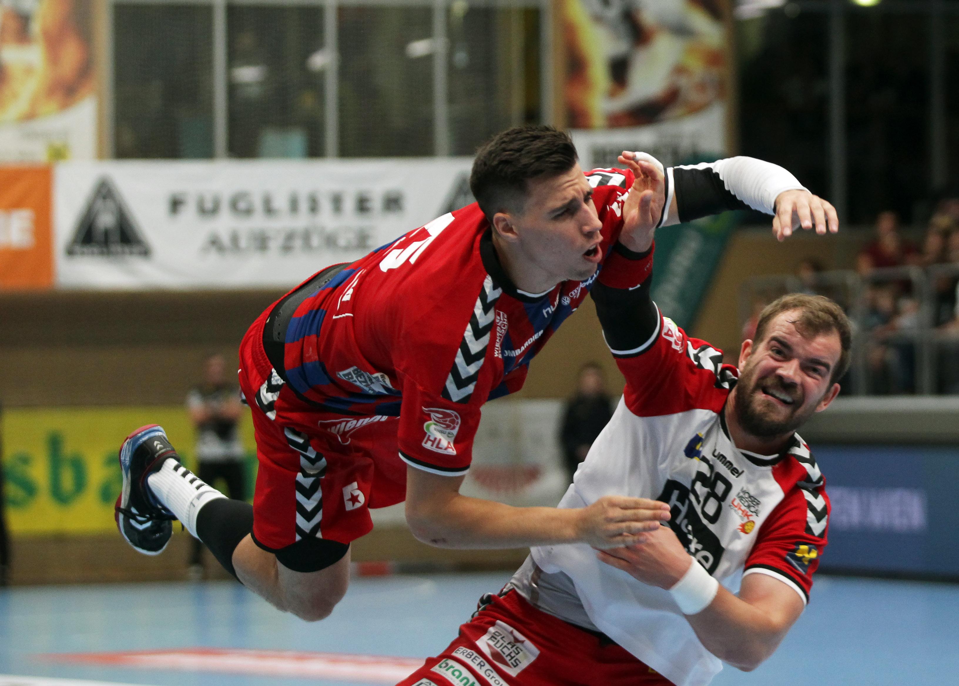 15.05.2018 Handball, HLA, Fivers - Krems, Ivan Martinovic , Sebastian Feichtinger ,Copyright DIENER / Philipp Schalber